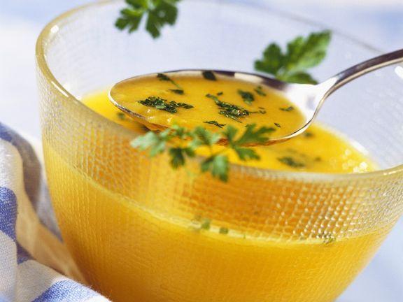 Kürbissuppe ist ein Rezept mit frischen Zutaten aus der Kategorie Gemüsesuppe. Probieren Sie dieses und weitere Rezepte von EAT SMARTER!