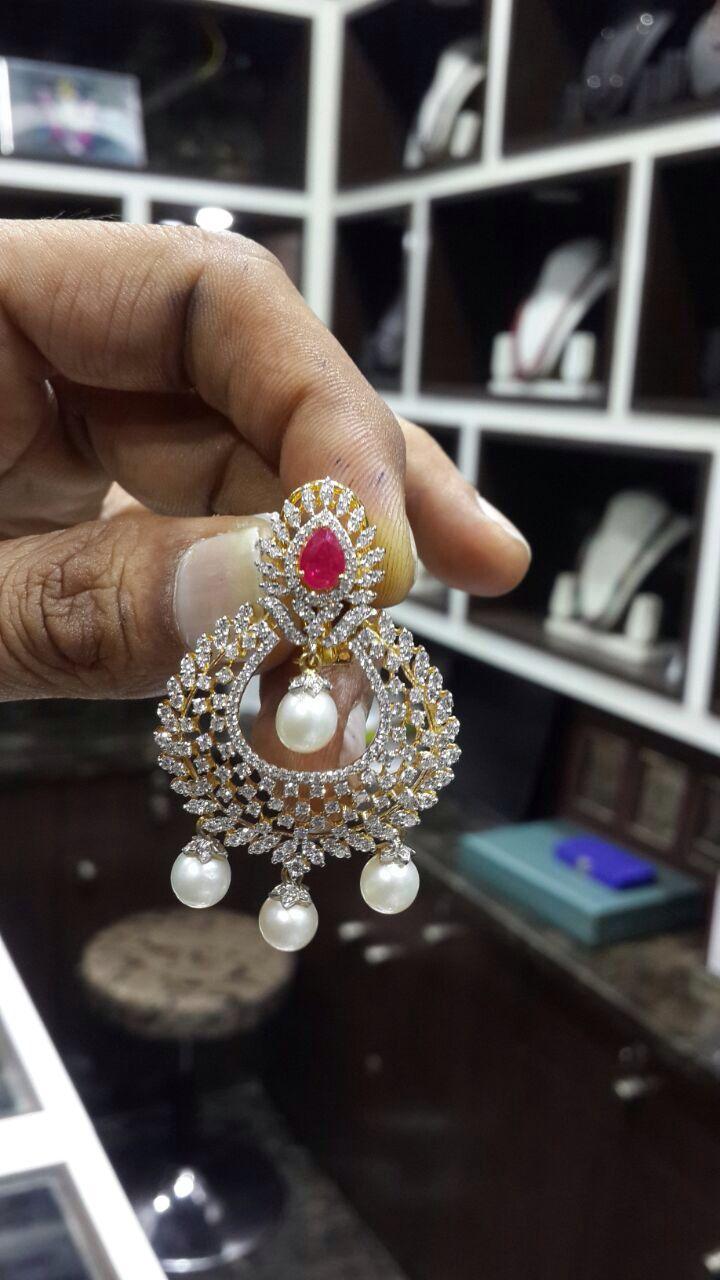 Chandbalies diamond