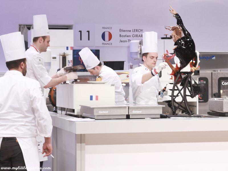 Jour de finale de #CoupeduMonde ... de #pâtisserie. #equipedefrance  Je vous explique tout... en direct du @Sirha à #Lyon. Vous saurez tout sur cet incroyable concours  Aller la France !