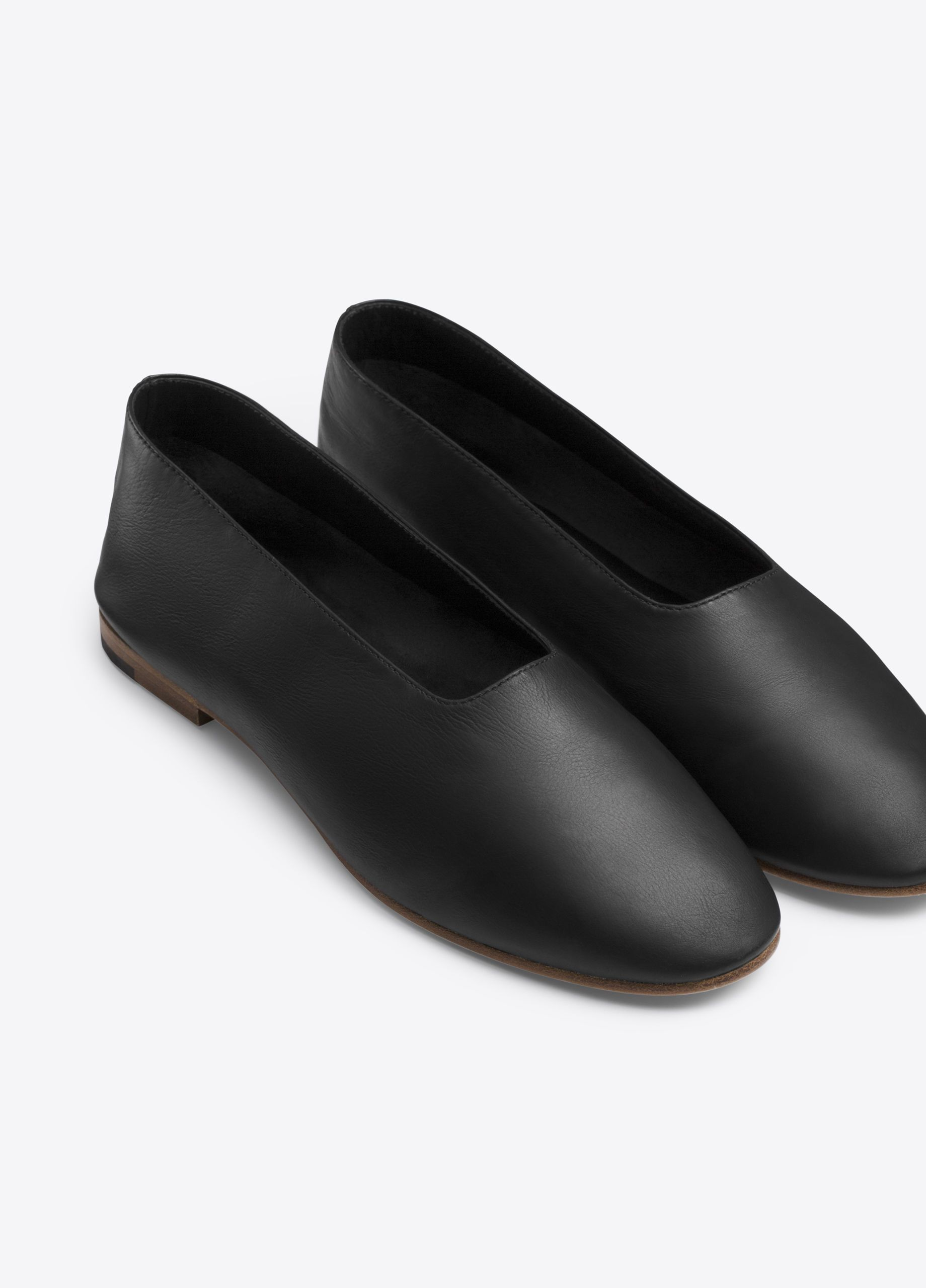 71d6ffa80 Maxwell Leather Flat for Women | Vince | More clothes and more shoes ...