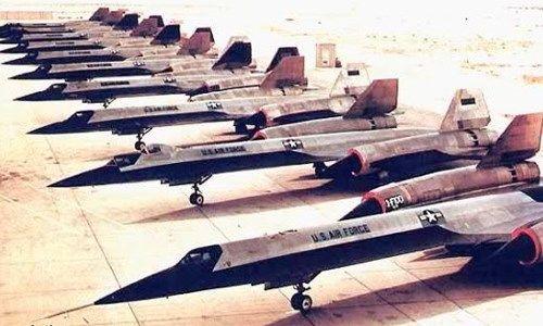 """CIA confirma existencia de base secreta """"Área 51"""" en el desierto de Nevada. Fuente: http://noticias.prodigy.msn.com/internacional/cia-confirma-existencia-de-base-secreta-%C3%A1rea-51-en-el-desierto-de-nevada"""