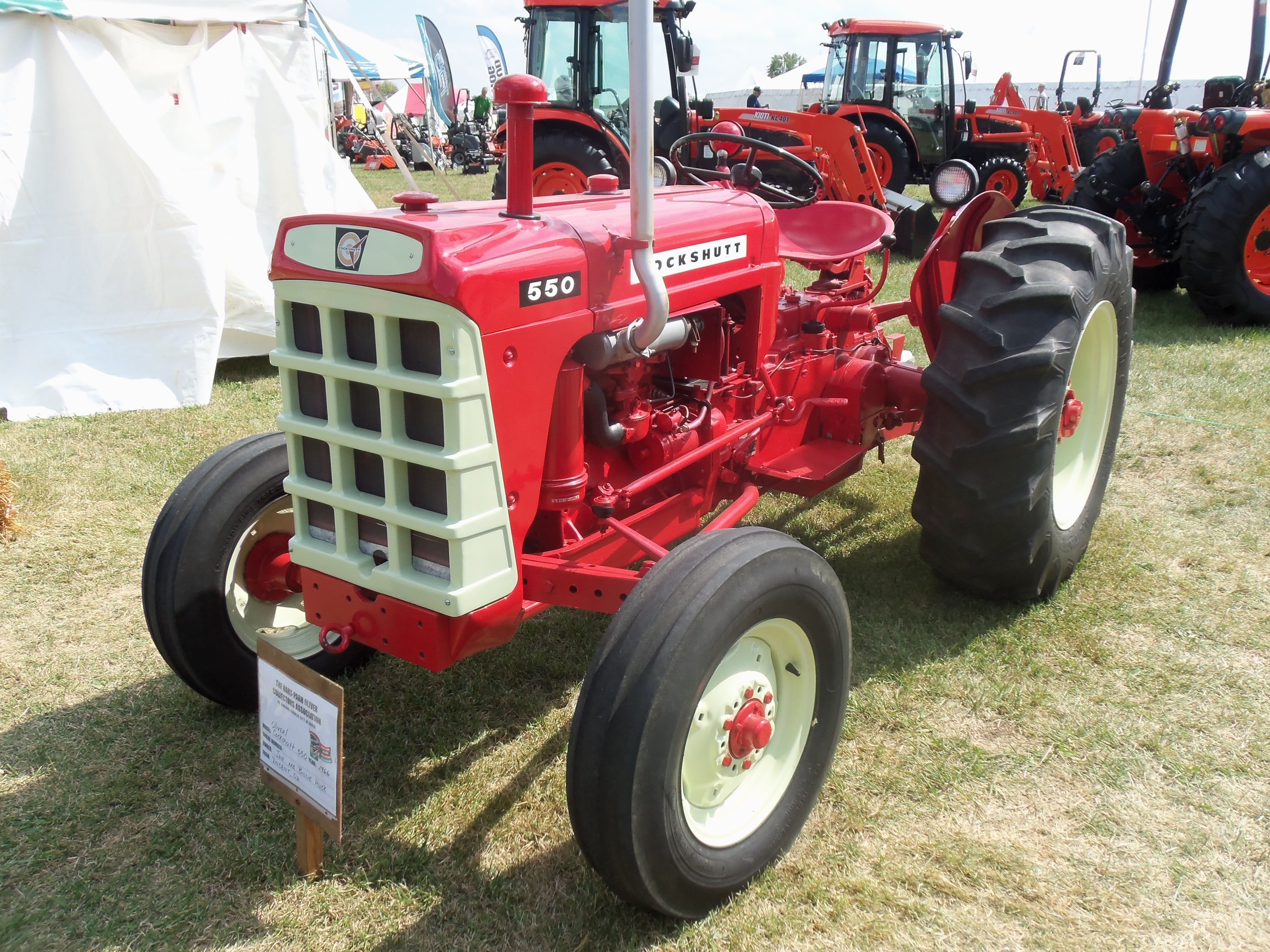 Cockshutt 550 tractor.Same as 41 hp Oliver 550