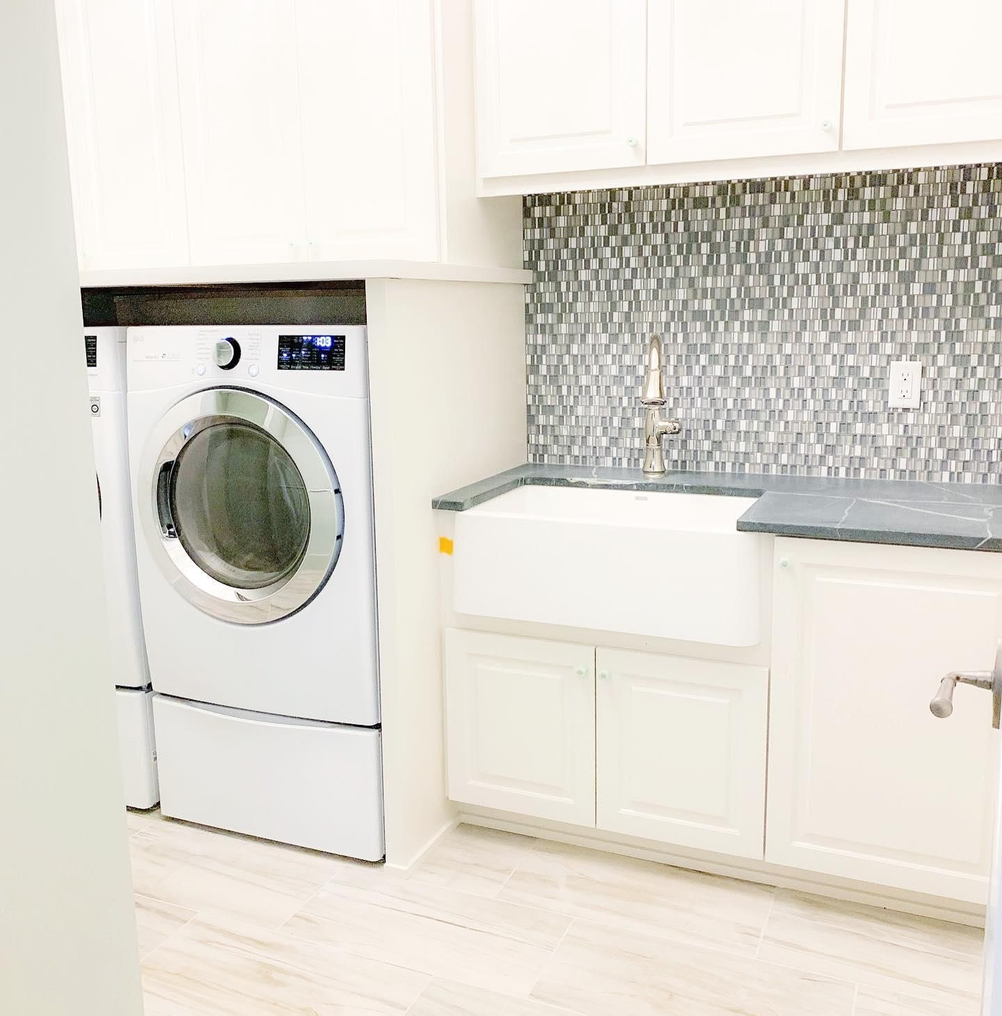 Another Gorgeous Laundry Room By Installed By Exellceramictile