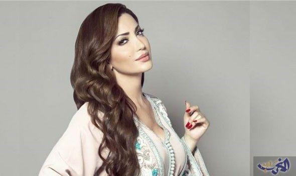السورية نسرين طافش تطل بالقفطان المغربي في عروض أزياء دبي Moroccan Dress Morrocan Dress Moroccan Fashion