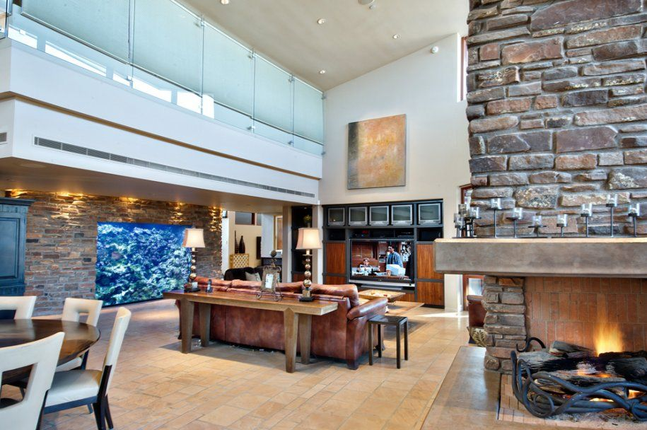 Fish Tank In Wall Scottsdale House House Arizona House Home