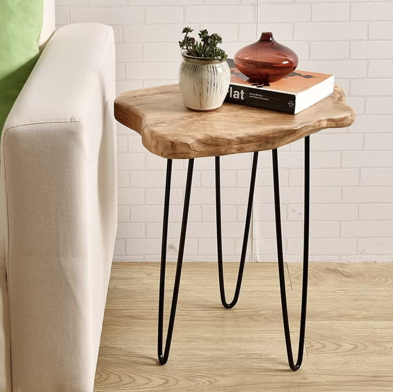 Bring The Outdoors In With These Stylish Wood Slice Tables Side Table Wood Wood End Tables End Tables