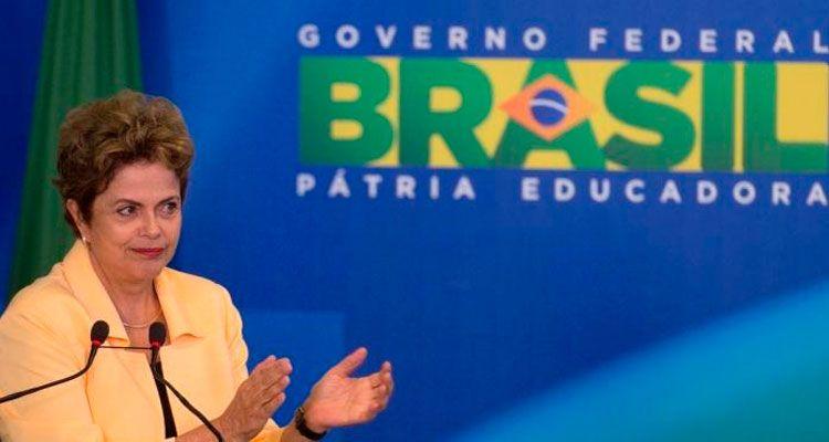 Em entrevista a rádios da Paraíba, presidente afirmou que programas sociais são essenciais e não irá terceirizar cortes.