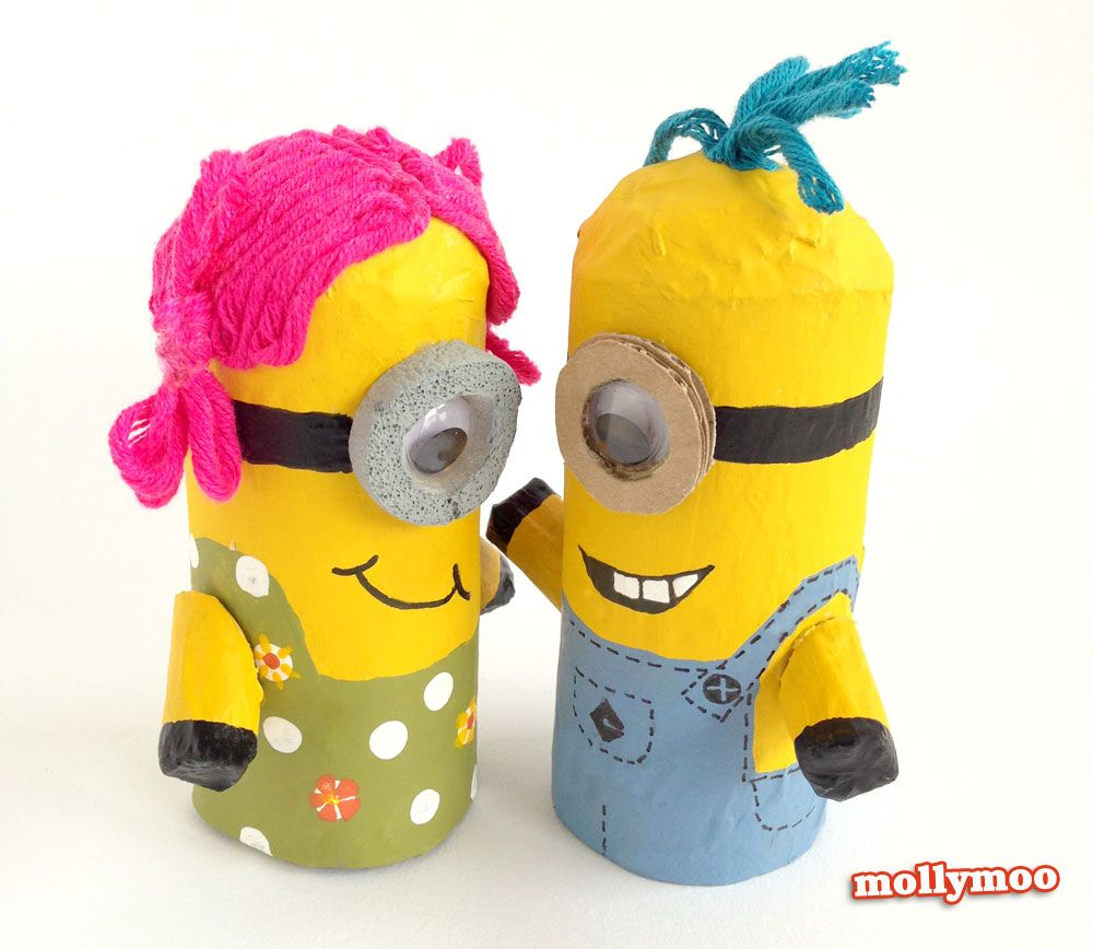Toilet Roll Crafts for Kids - Despicable Me Minions. Photo Tutorial on http://mollymoo.ie/toilet-roll-craft-make-a-minion/ #kidscrafts #toiletrollcrafts #papercrafts #craftsforkids