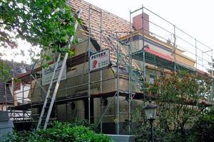 Warm und dunkel: WDVS an Haus aus den 1930er Jahren  – Bauhandwerk