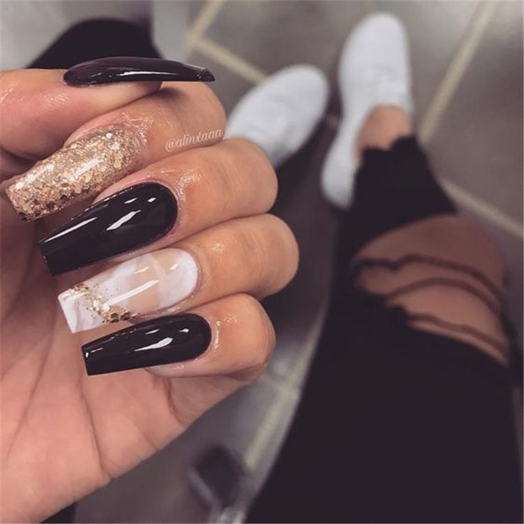 20 Long Coffin Nails Shapes With A Marble Effect In 2020 Luxury Nails Long Nails Gold Nails