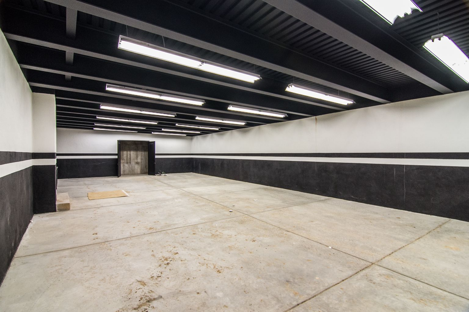 Garage painting idea garages black ceiling garage black