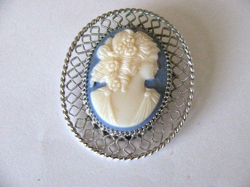VINTAGE LARGE SILVER PLATED MOLD CARVED CAMEO