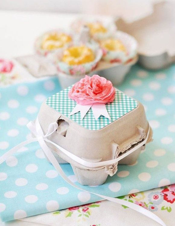 mini bundt cakes in a egg box i diy tissue paper flower adorable easter gift idea negle Gallery