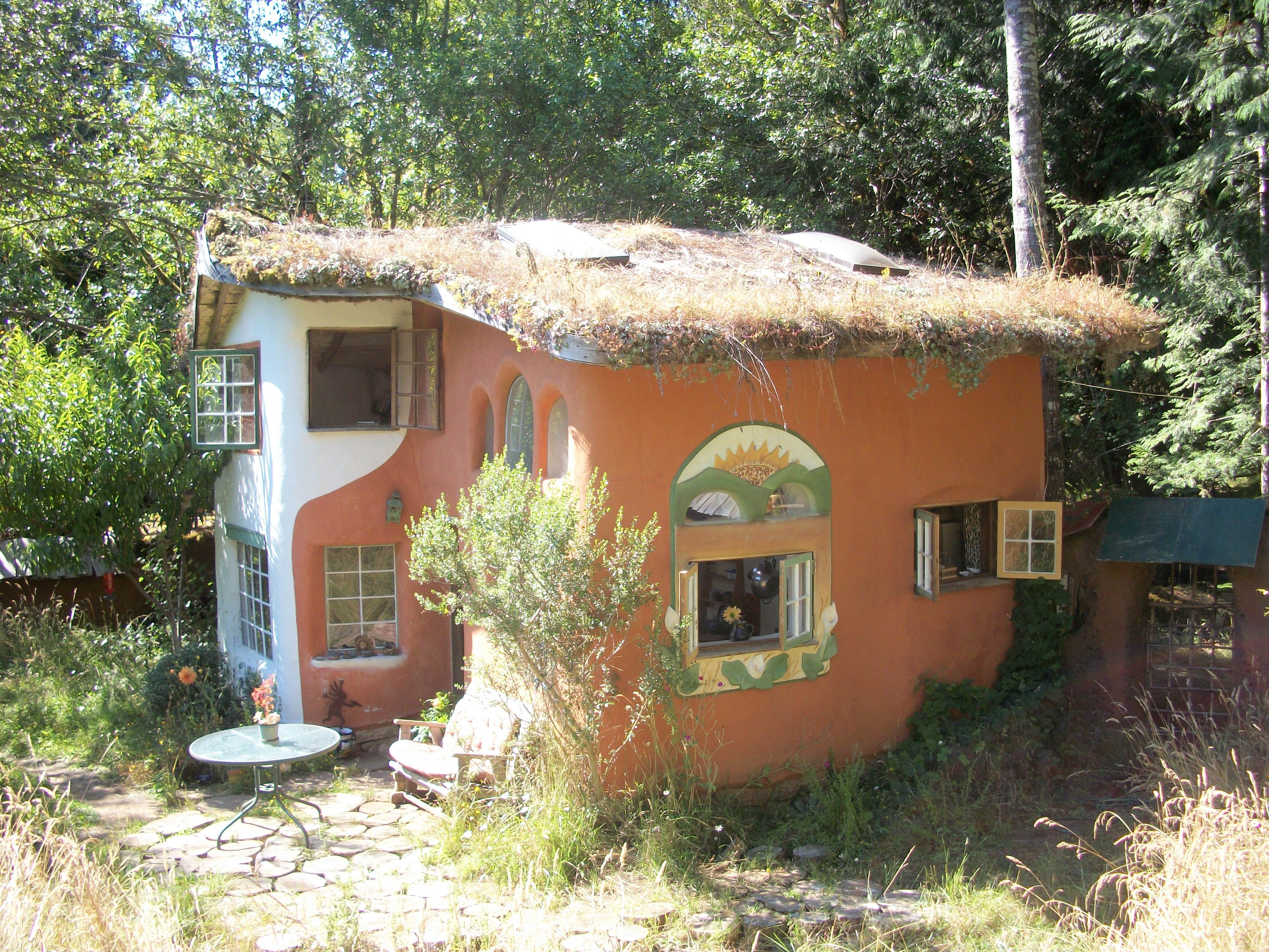 cob houses in Mississippi | Building Cob Homes in Oregon - Travels ...