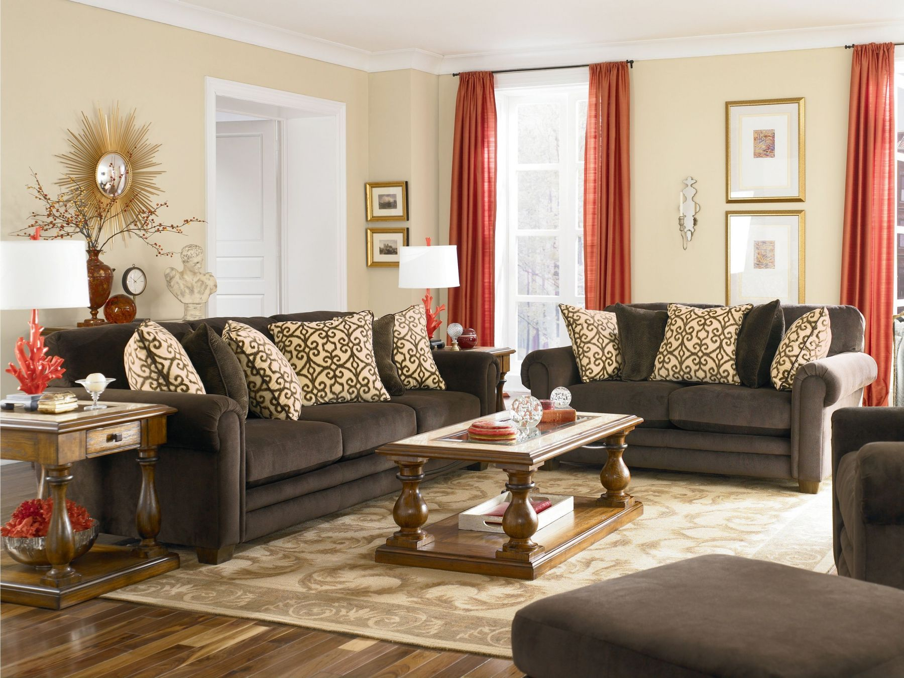 Blue and yellow living room with brown couch - Lane Dillan Chocolate Sofa Pretty I Don T Like Decorating With
