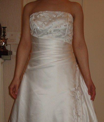 Robe de mariée Cosmobella blanc satiné d'occasion