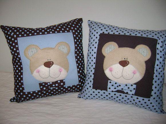 http://www.elo7.com.br/almofada-ursos/dp/EC96F Almofada Ursos, pode ser feita em outros temas e cores R$65,00