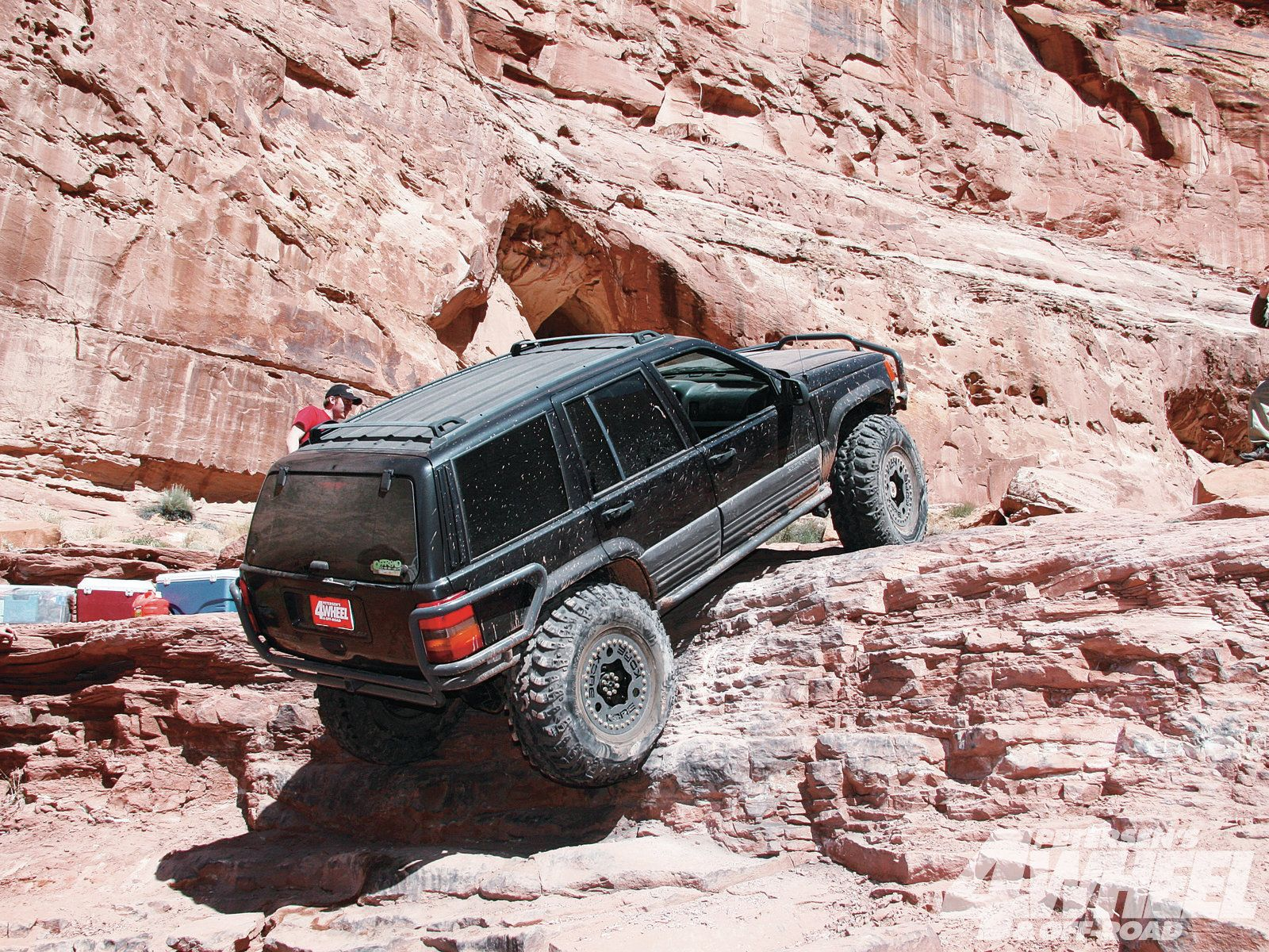 Jeep Grand Cherokee ZJ technical details, history, photos on ...