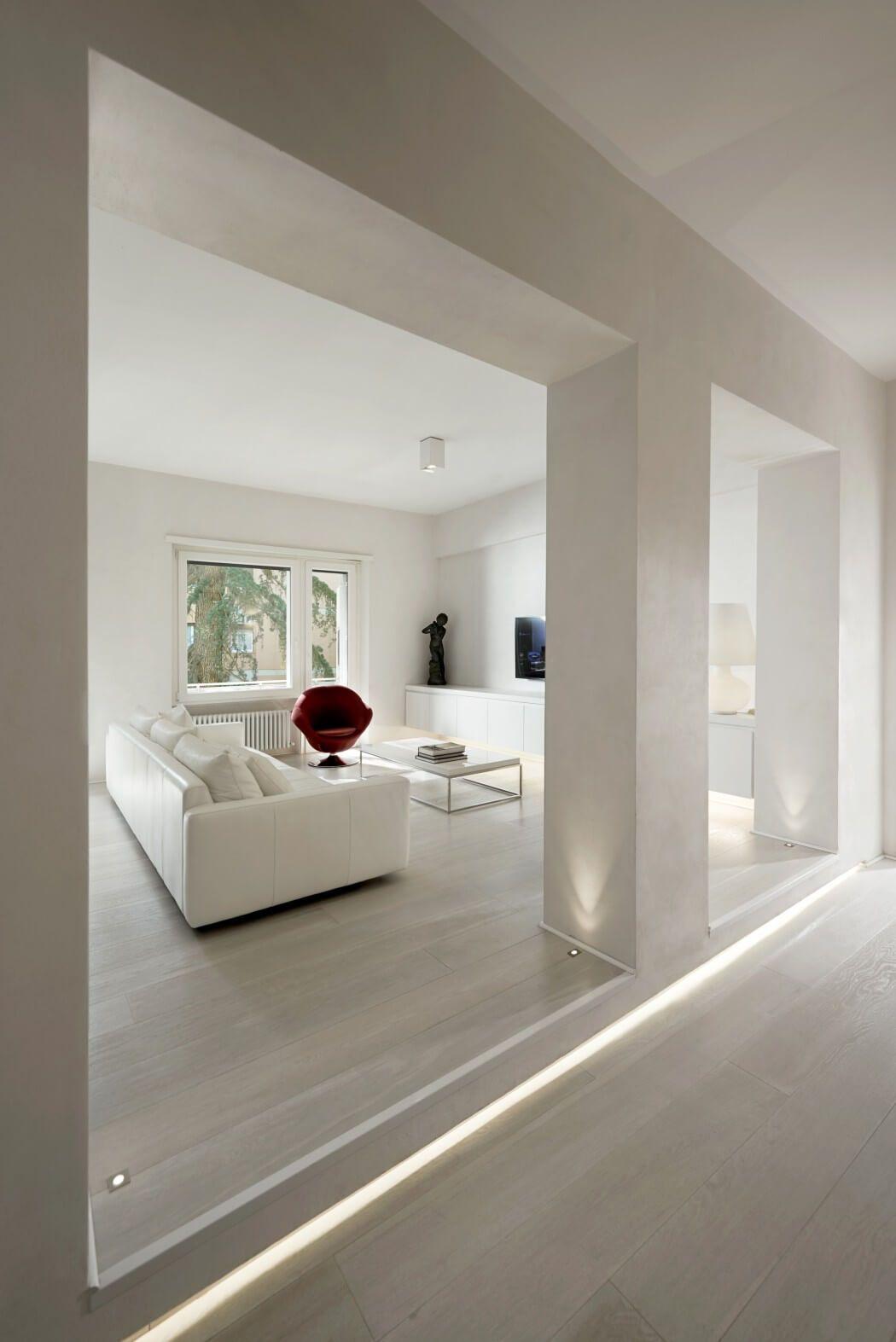 Éclairage podium et sol lighting p apartment by carola vannini