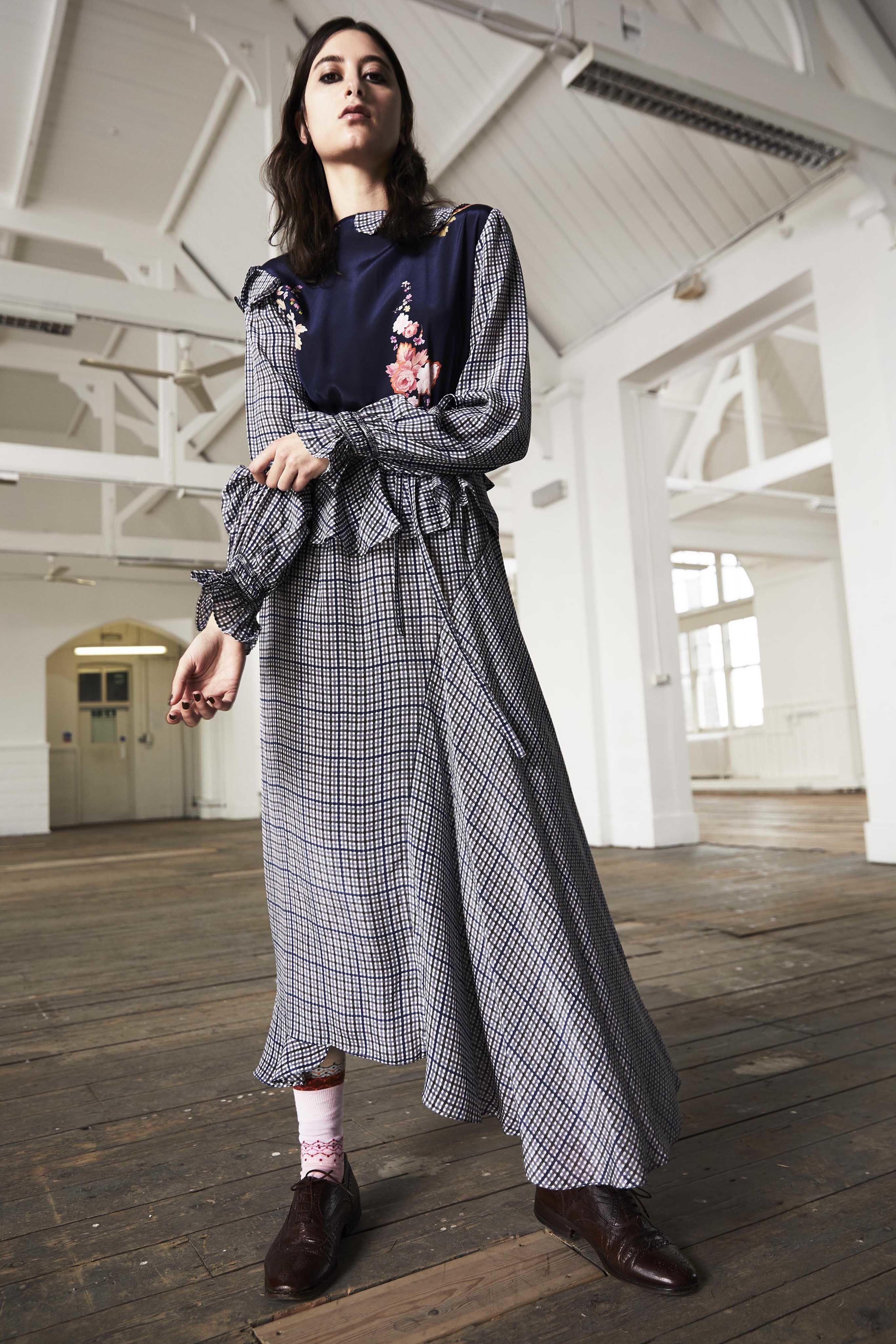 932ee35420ec Raquel Allegra PreFall 2019 Fashion Show in 2019 Outfit
