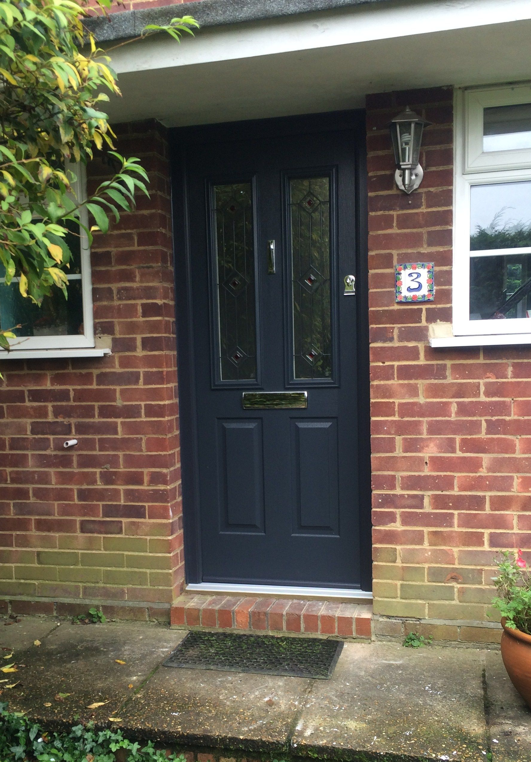 The Ludlow looking smart in anthracite grey with Trio Square Red glass