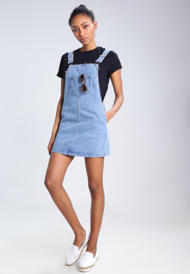 2905d12c2fb ¡Consigue este tipo de vestido vaquero de Only ahora! Haz clic para ver los