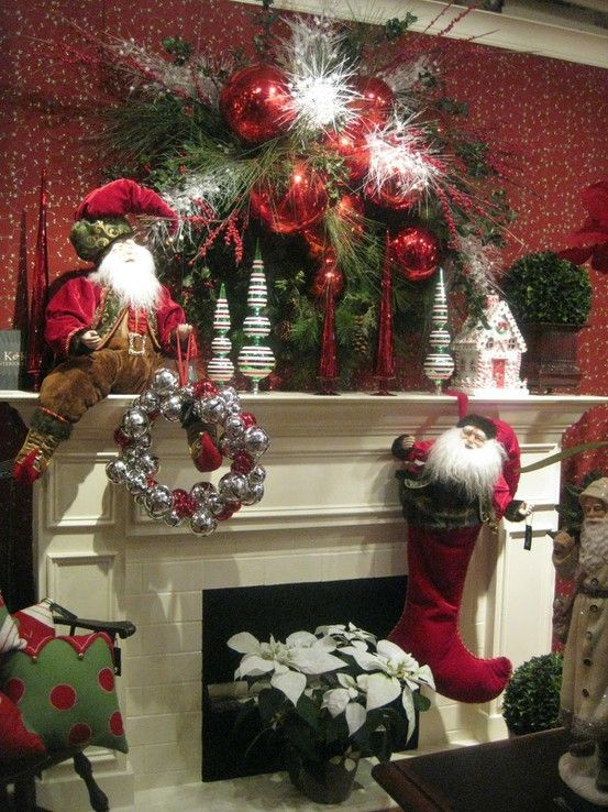 15 Gorgeous Christmas Mantels - Christmas Decorating - #christmas