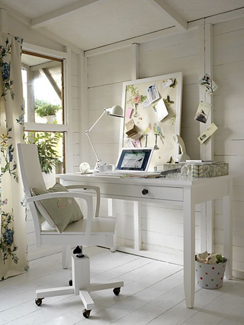 Rustic Country Pouch Office White Woods White Wood Chair