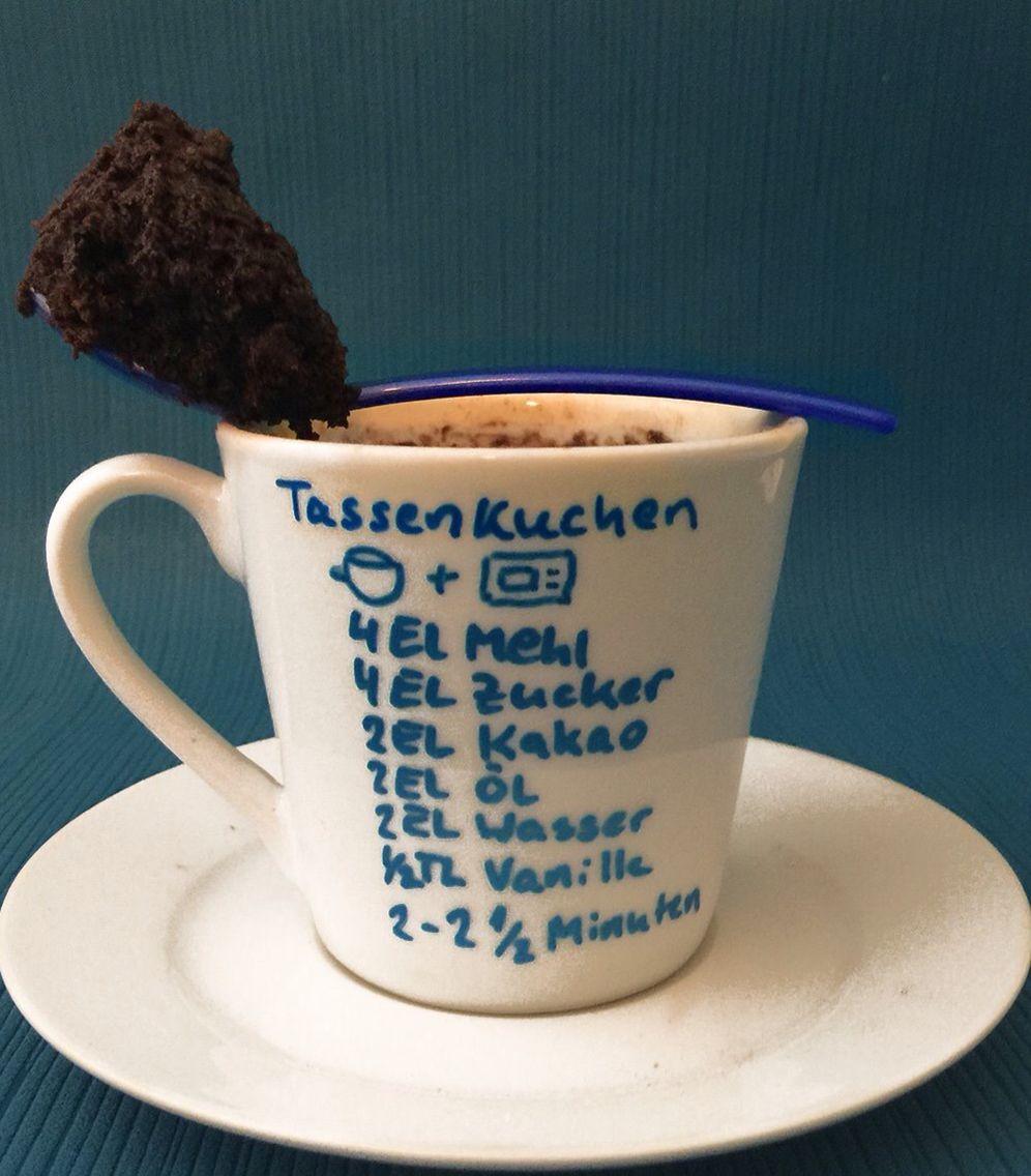 Basteln Mit Tassen mikrowelle kuchen tasse diy nur 2 el zucker dafür 3el wasser und ne