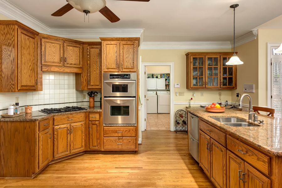 Pin by Burbs & Metro on Spaces (Kitchens)   Kitchen ...