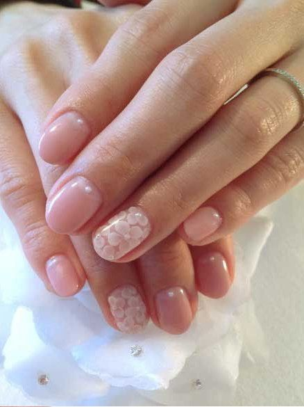 Natural Nail Art With Accent. Usually not a fan of the rounded tips, but these are beautiful.
