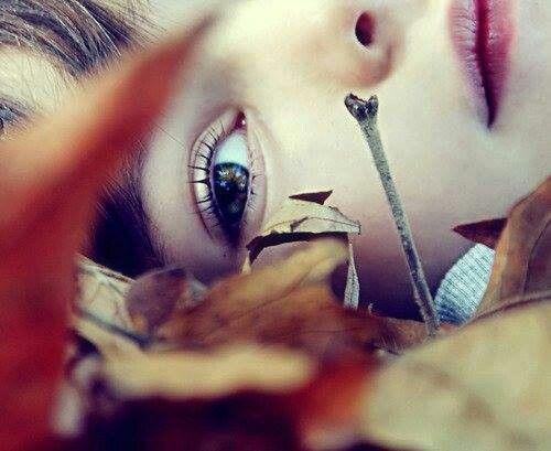 نحن نكبر قبل الاوان لاننا نقسو على بعضنا فوق قسوة الحياه علينا Ta Eye Close Up Behind Ear Tattoo Reflection