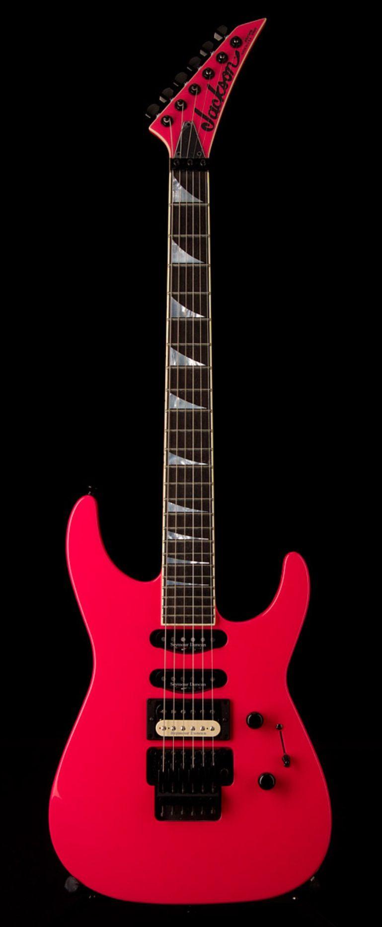 Jackson Custom Shop Soloist Sl1 Special Edition Pink