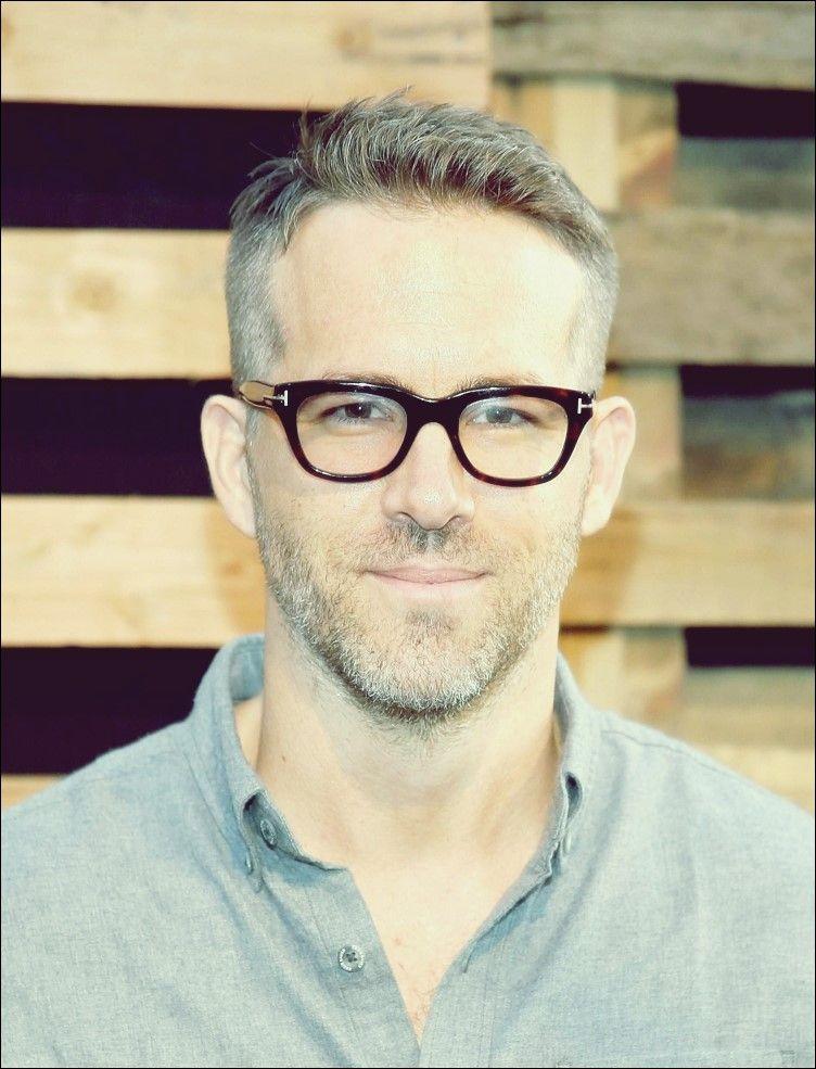 22 Männerfrisuren mit Brille, um cool und stylisch