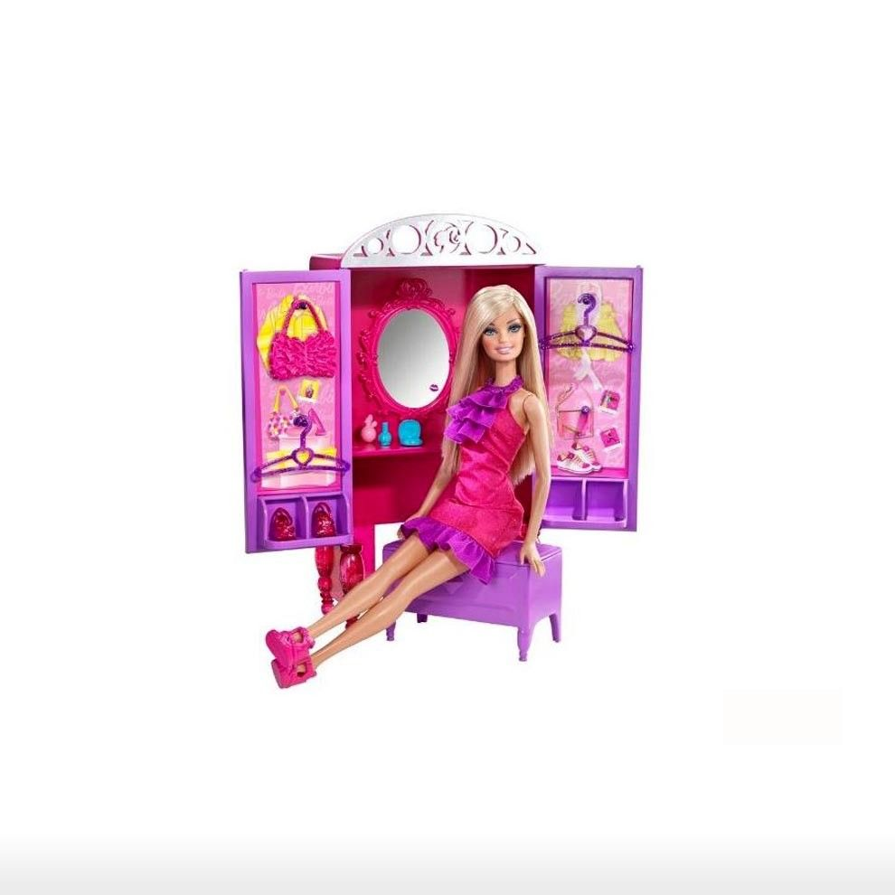 Toys For 8y Toys Rus : Barbie toys gt y dressup to makeup closet and doll