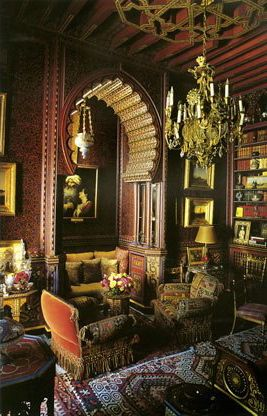 c325d6c4259 Library at Dar es Saada, one of two Marrakech homes owned by Yves Saint  Laurent and Pierre Bergé. Designed by Bill Willis, guru hippie designer  from the ...