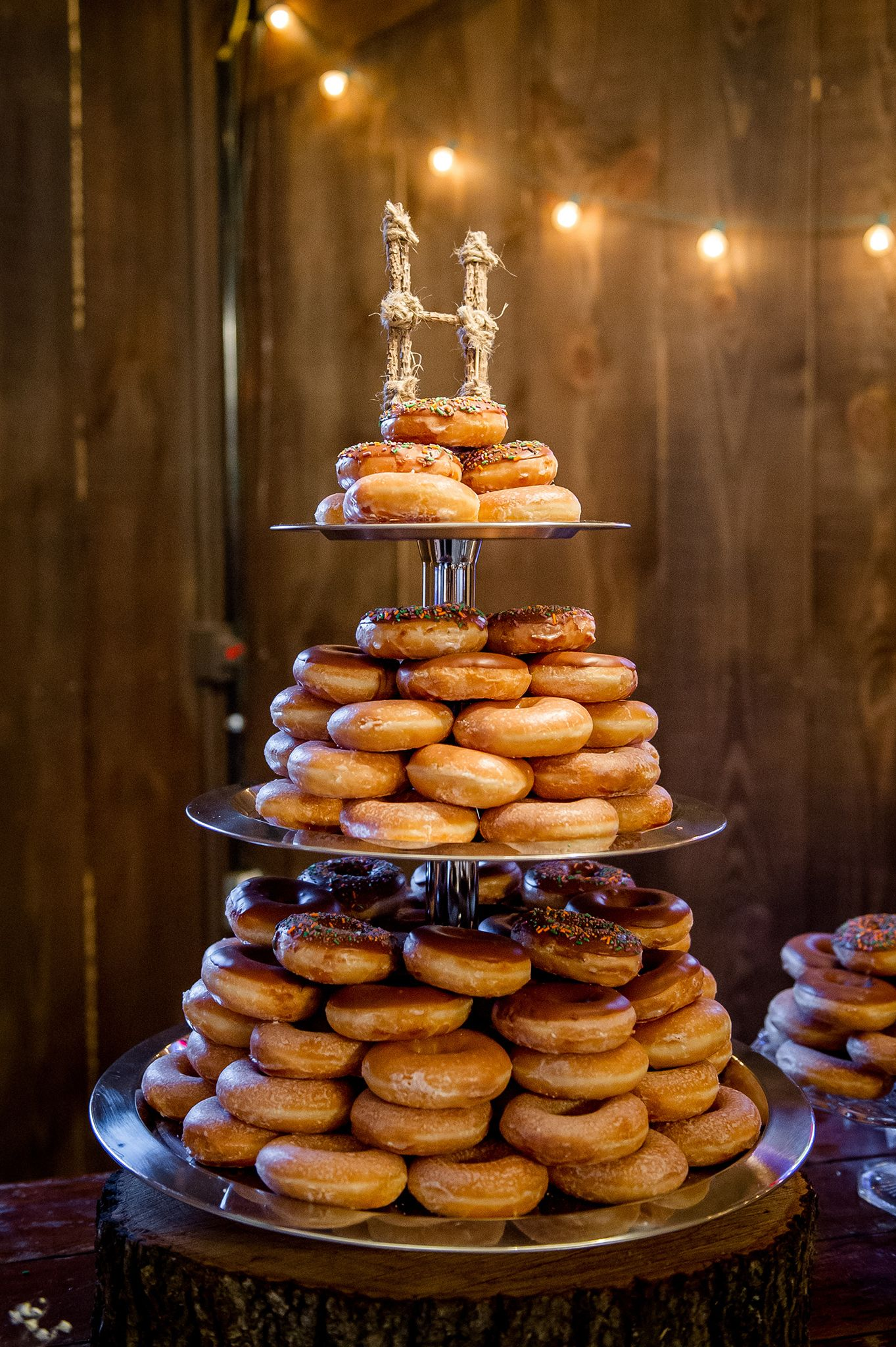 Not A Fan Of Wedding Cake Create A Tower Of Doughnuts