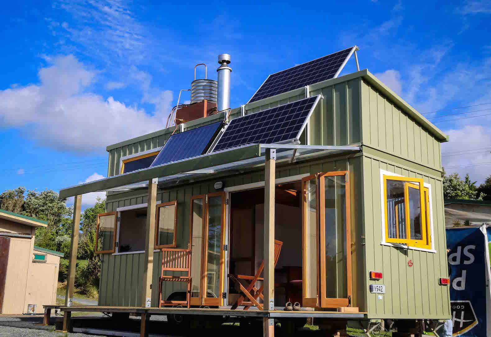 Luxurious Tiny Home In New Zealand Is Off Grid And 100 Self Sustaining Modern Tiny House Tiny House Plans Off Grid Tiny House