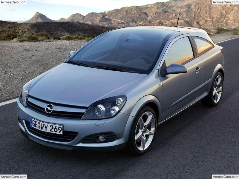 Opel Astra Gtc With Panoramic Roof 2005 Toyota Avensis Opel New Cars