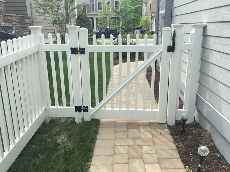 45 backyard privacy fence ideas that enhance safety in