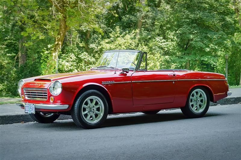1966 Datsun Fairlady 1600 I Ll Take 2 Please Datsun Datsun Roadster Japanese Sports Cars
