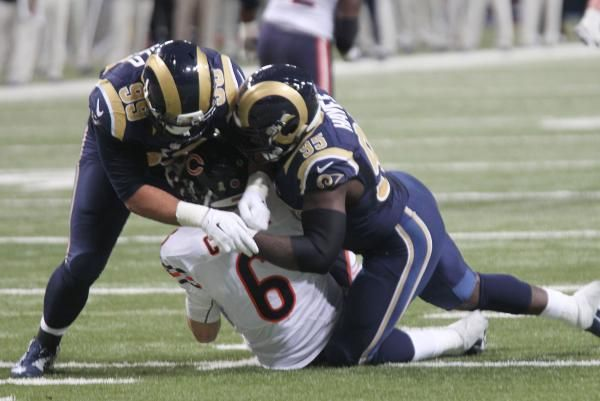 The Los Angeles Rams Traded Defensive End William Hayes To The Miami Dolphins Late Thursday Night Los Angeles Rams Miami Dolphins Miami Dolphins Funny