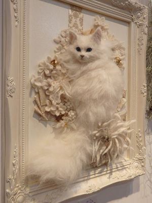 Stuffed cat art. Is this weird and haunting? Enjoy RUSHWORLD boards, WEIRD WILD WONDERFUL, UNPREDICTABLE WOMEN HAUTE COUTURE and LULU'S FUNHOUSE. Follow RUSHWORLD! We're on the hunt for everything you'll love!