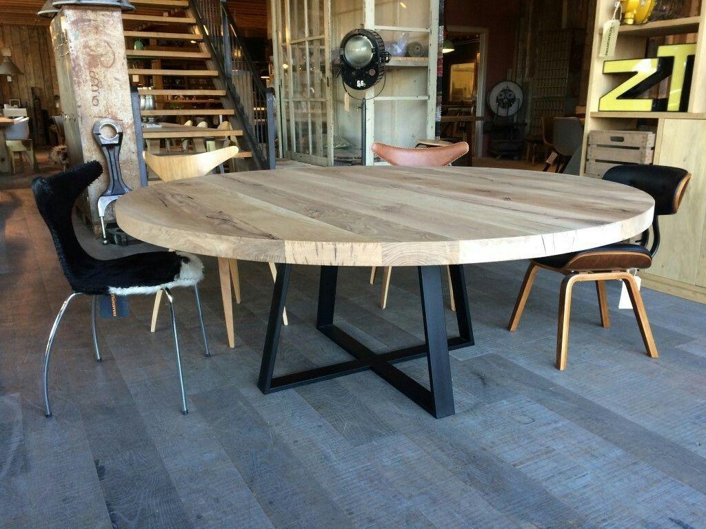 Ronde Eethoek Tafel : Grote ronde eettafel op zwaartafelen dining tables