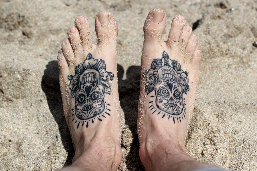 86154a786 Foot Bones Tattoo For Men photo - 5 Sugar Skull Tattoos, Sugar Skull Art,