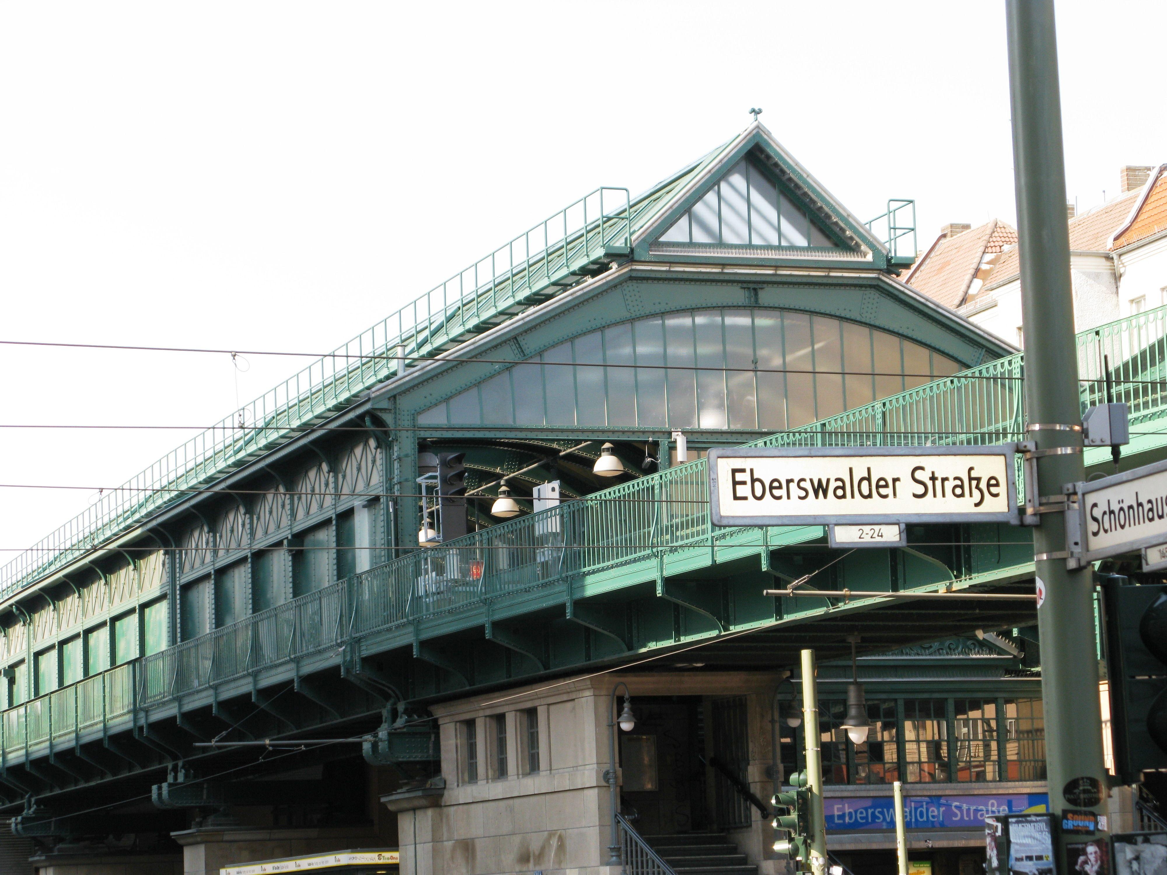 Eberswalder Strasse U Bahn Station Prenslauer Berg Berlin Germany Bahn Berlin U Bahn Station U Bahn