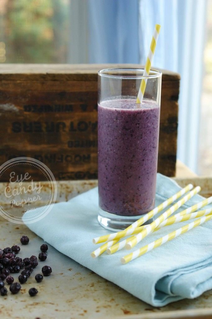Whole food blueberry & almond butter smoothie (vegan, gluten-free, paleo) No need for protein powders