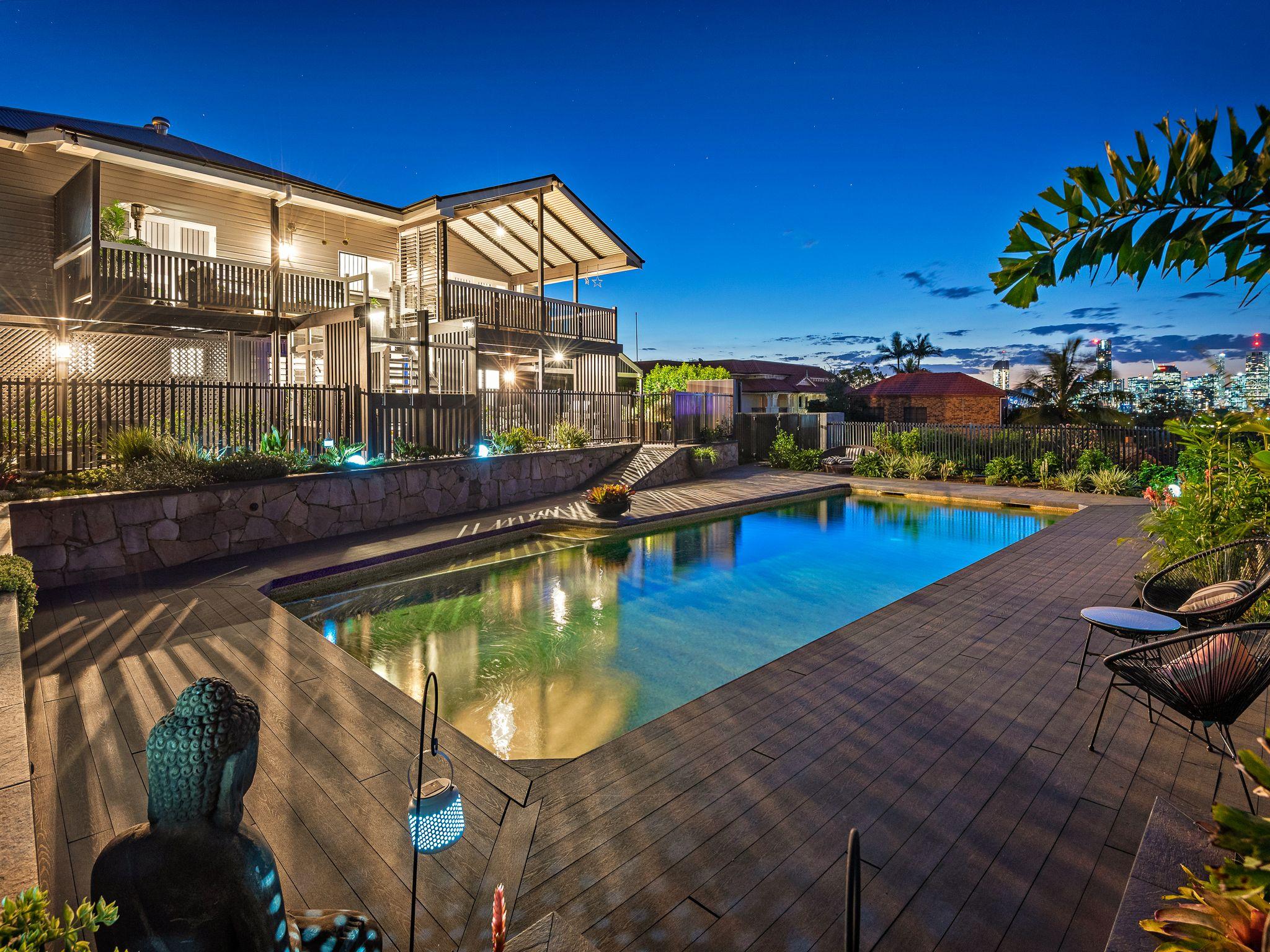 Art Deco Queenslander External & Landscape   Wellness ...