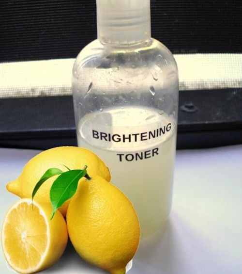 DIY Face brightening toner! Benefits: Tightens pores and reduces inflammation, reduce blemishes and lightens skin. Use facial toner both morning and night for a deeper cleanse, smaller pores and bright, radiant skin! Ingredients: 1/2 Cup Lemon juice 1 Cup Water 2/3 Cup Witch hazel (can purchase at any drug store) Plastic bottle or jar