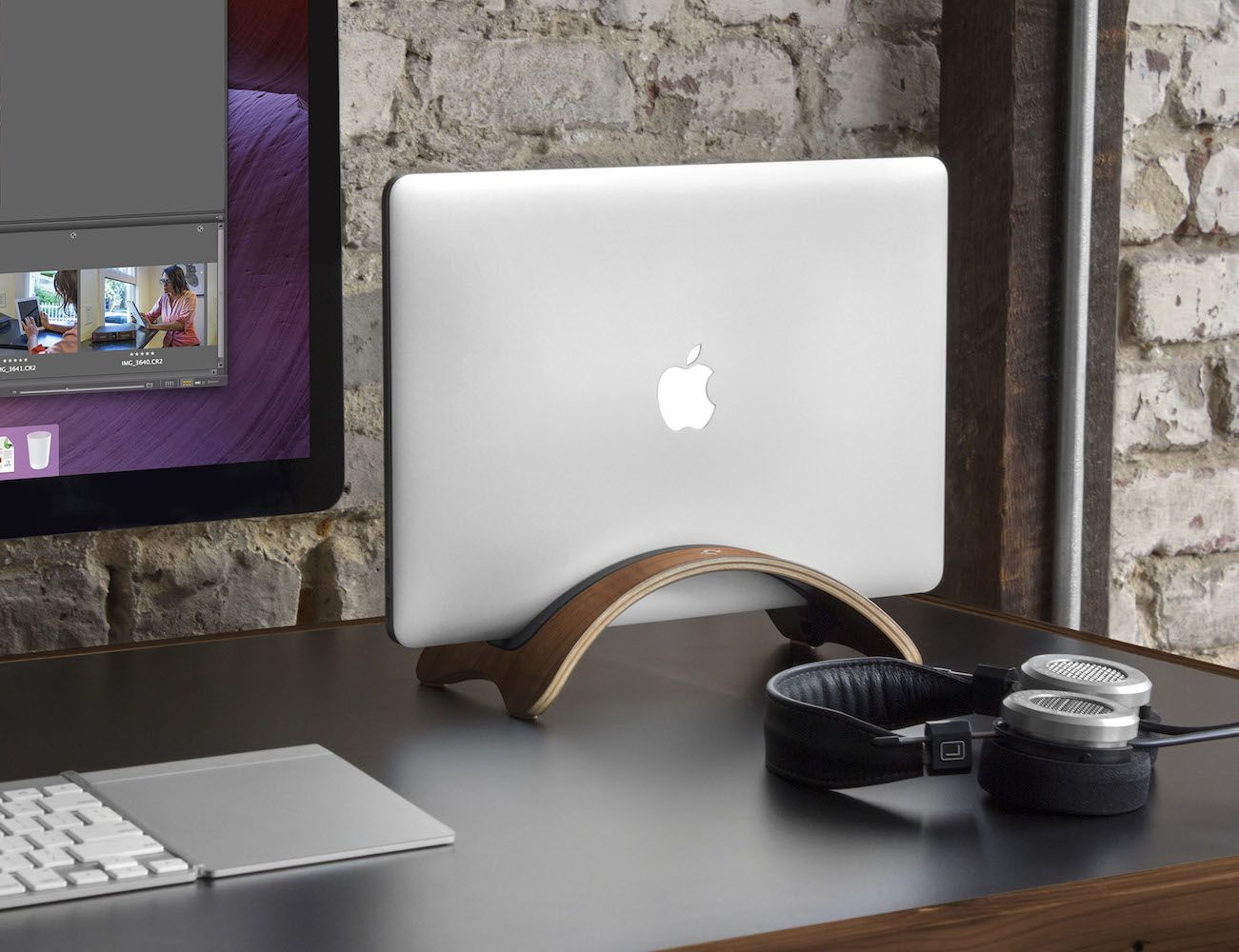 Furniture Office Workspace Cool Macbook Air Designer Bookarc Mod Vertical macbook Stand By Twelve South Make Your workspace Look More Tidy Mockup Hunt Bookarc Mod Vertical macbook Stand By Twelve South Make Your